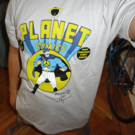 Planet Comics by Nopooh.