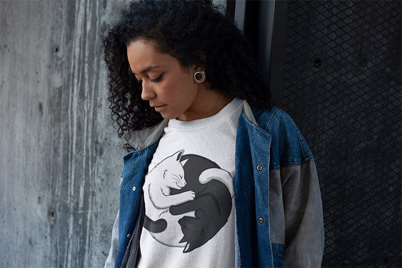 Yin-Yang-Tshirts with cats